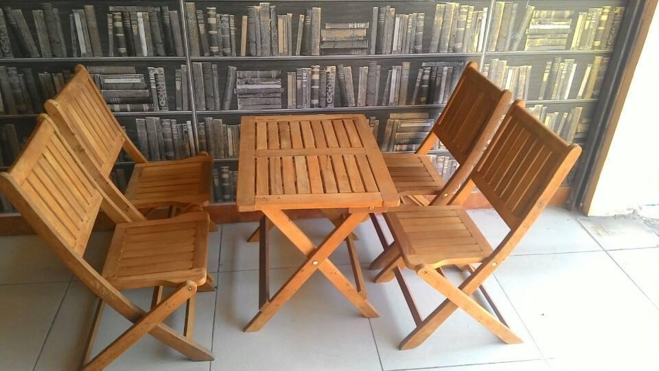 Bộ bàn ghế cafe gỗ A12 giá rẻ